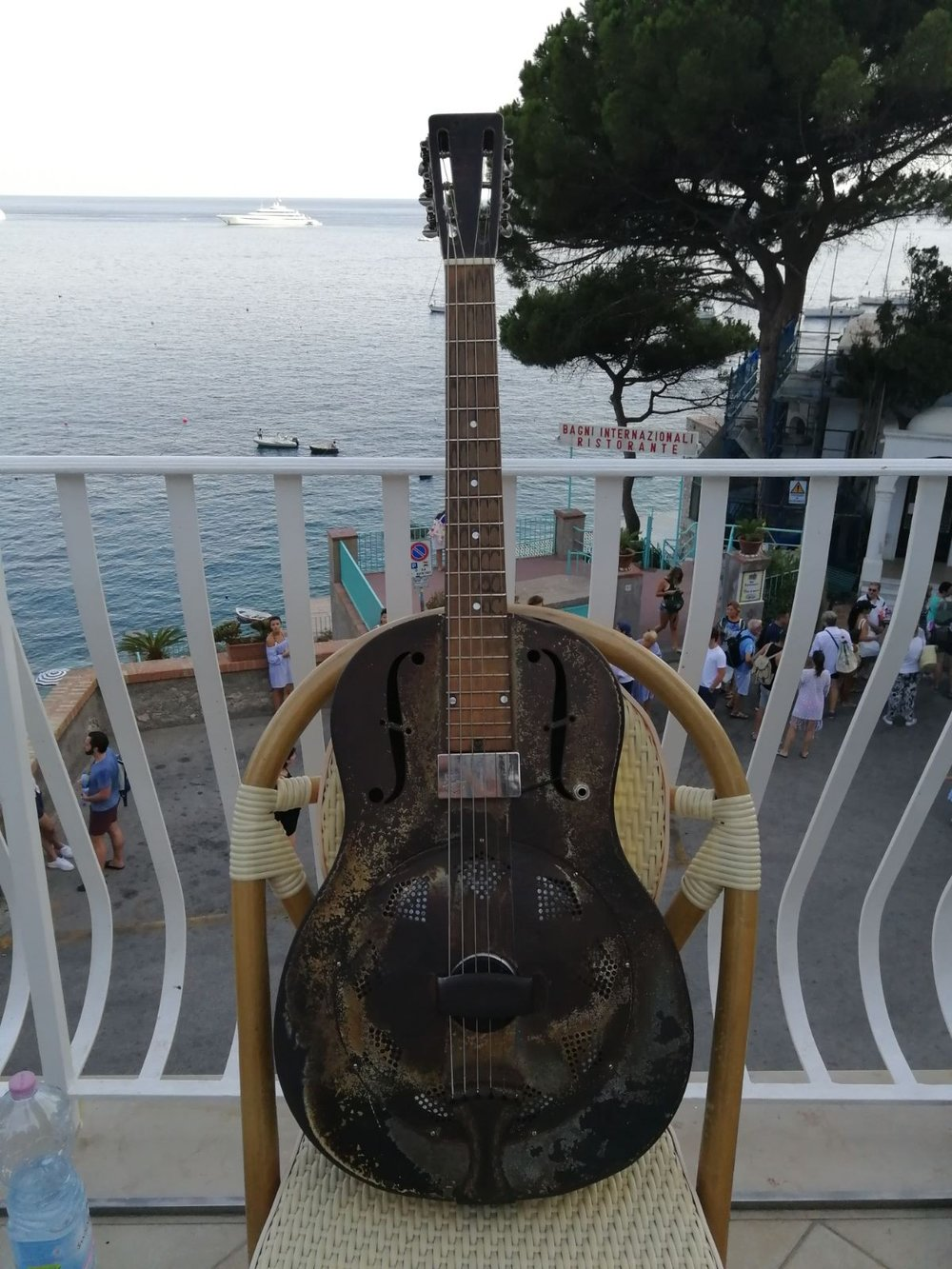- Roberto's National Triolian 1931 steel guitar