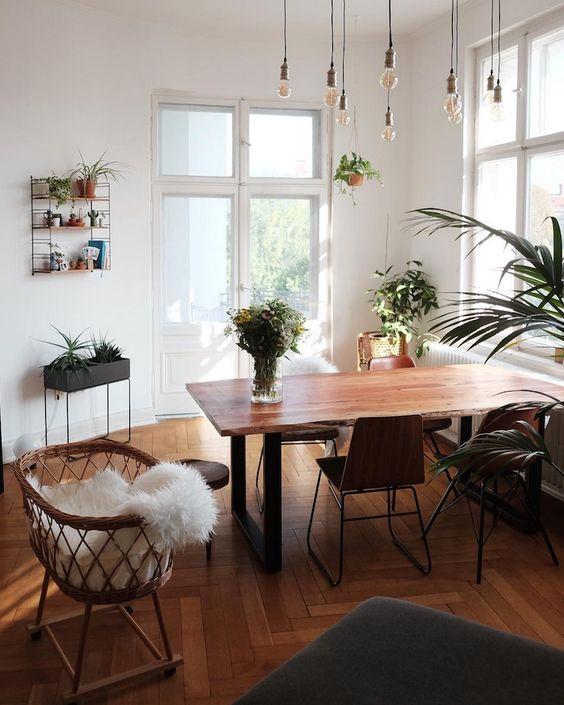 cozywoodlivingroom.jpg