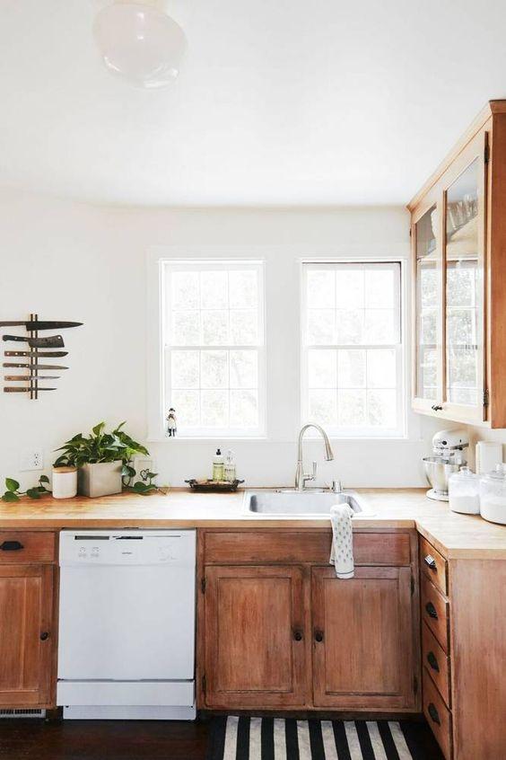 wooden-kitchen-cabinets.jpg