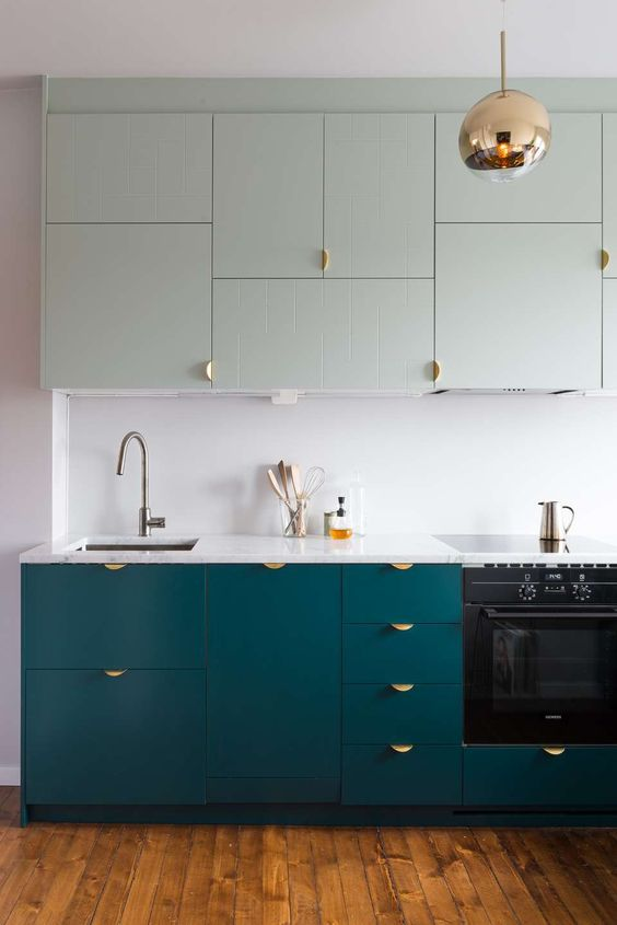 two-toned-kitchen-10.jpg