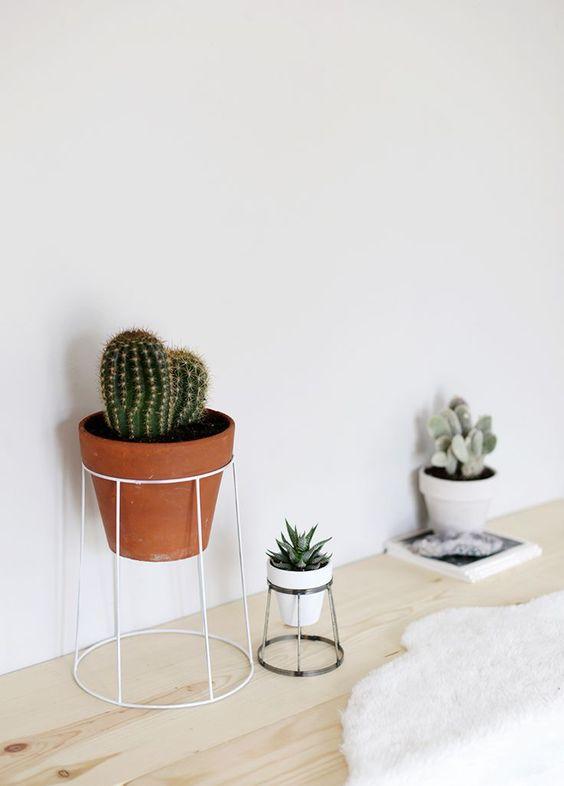 plant-stand-diy.jpg