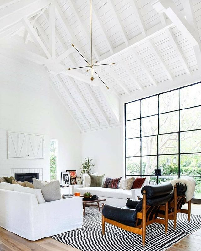 This space is open, airy and literally everything we need. When can we move in? Photo by @tessaneustadt #homestorydesigns