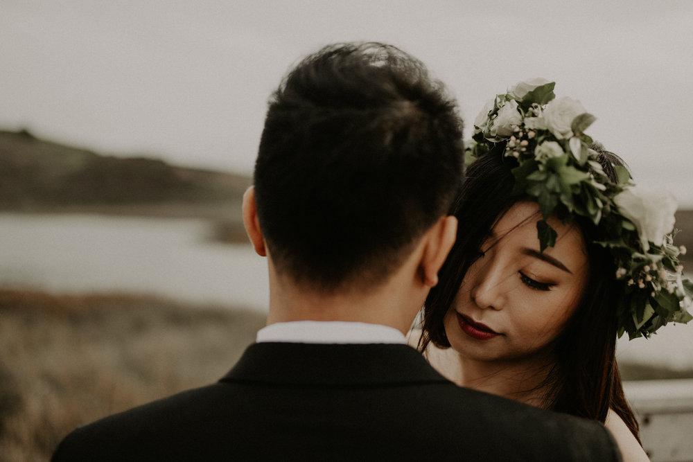 couple-engagement-marin-headlands_0003.jpg