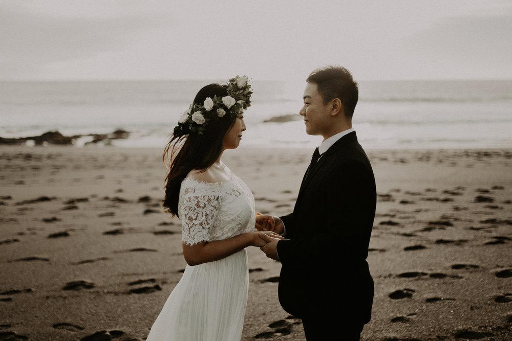 couple-engagement-marin-headlands_0028.jpg