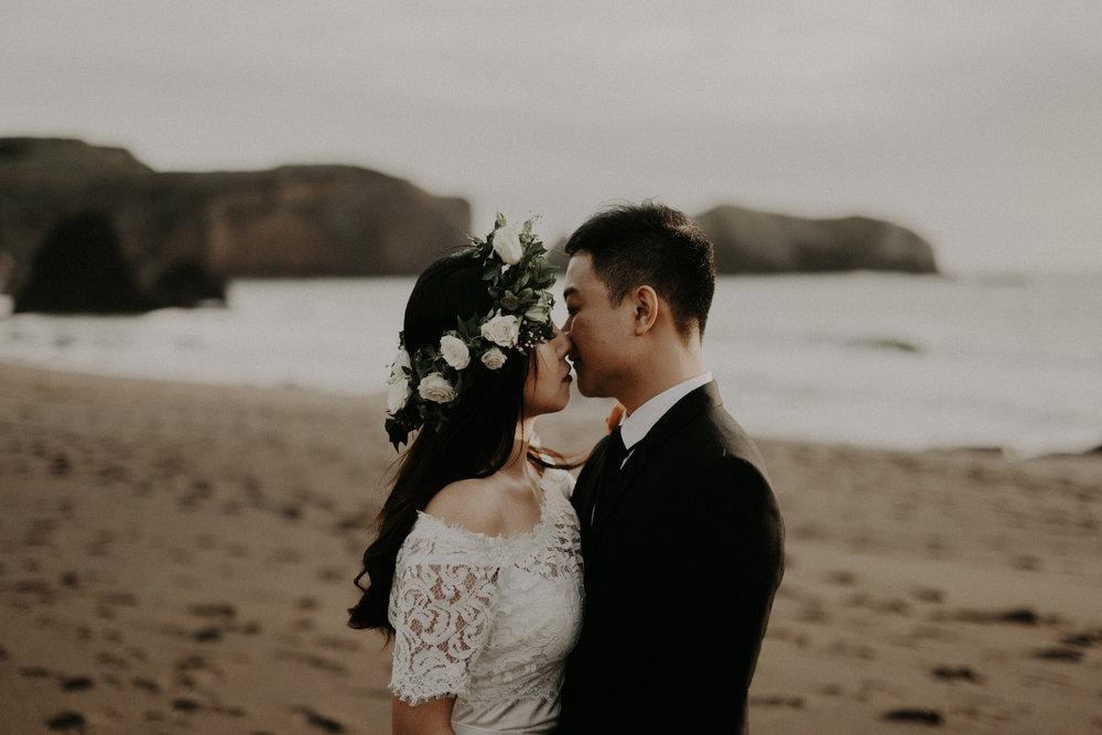 couple-engagement-marin-headlands_0031.jpg