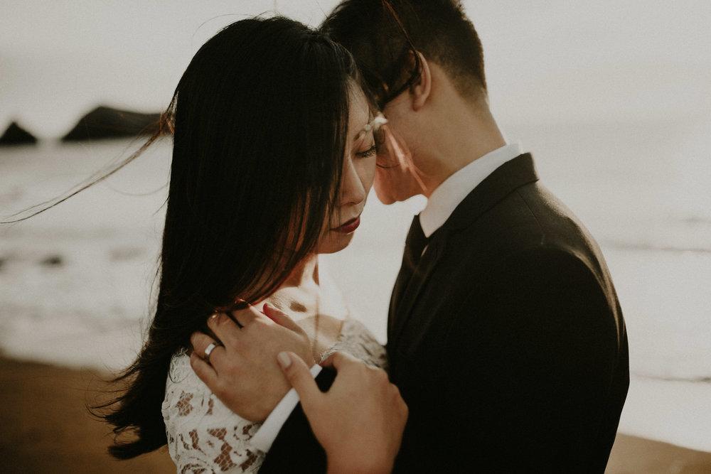 couple-engagement-marin-headlands_0051.jpg