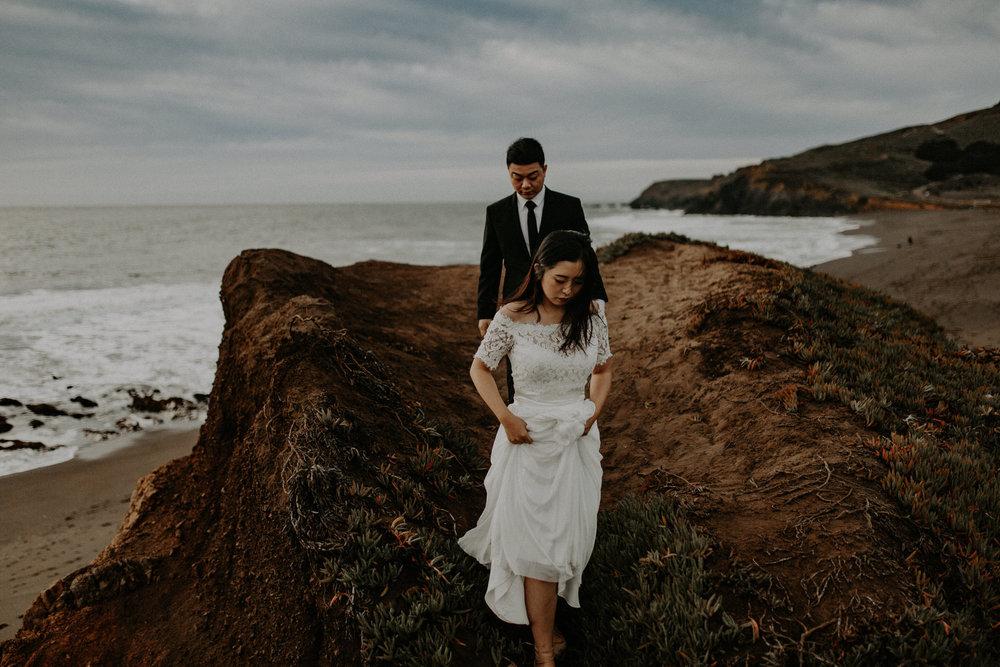 couple-engagement-marin-headlands_0064.jpg