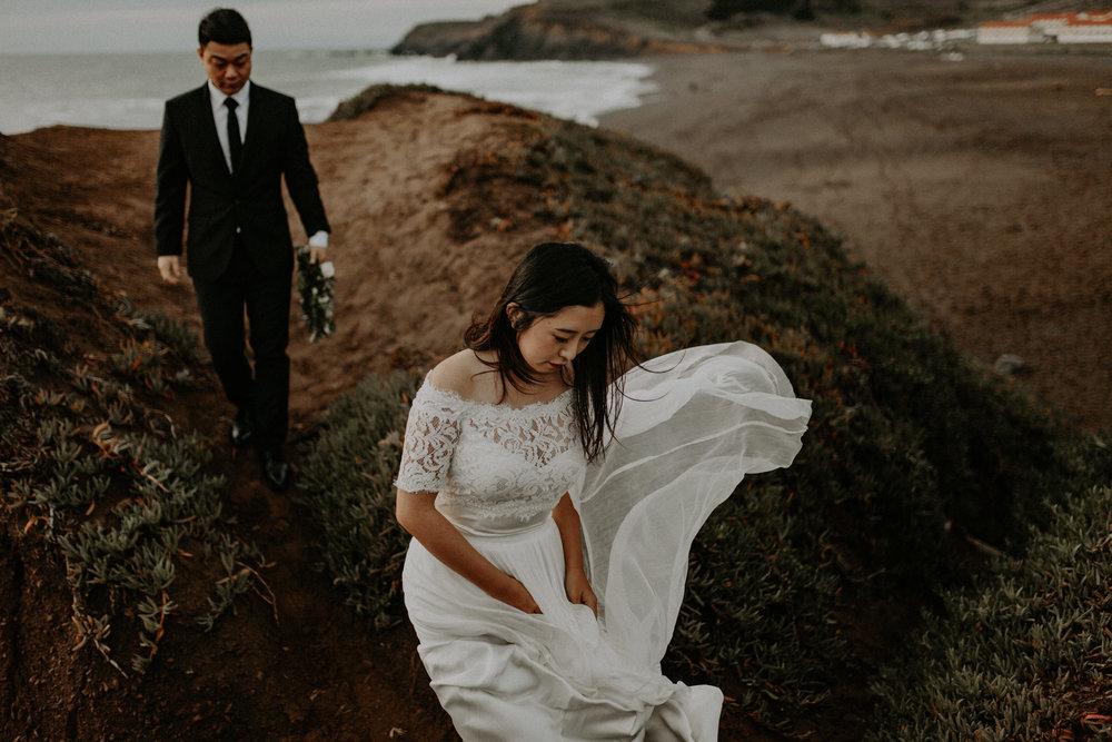 couple-engagement-marin-headlands_0065.jpg