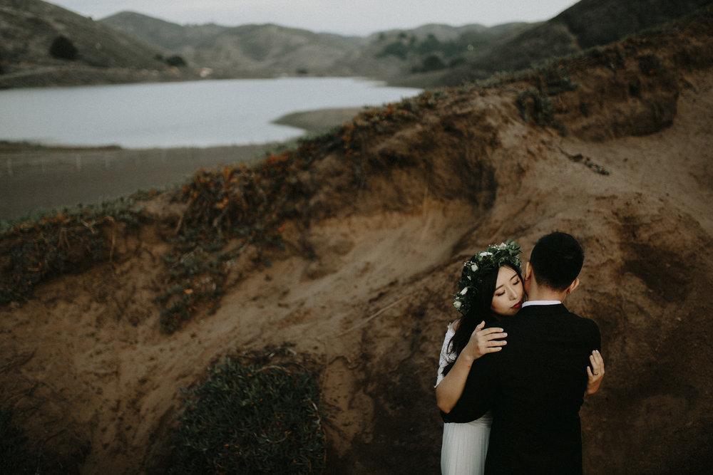 couple-engagement-marin-headlands_0074.jpg