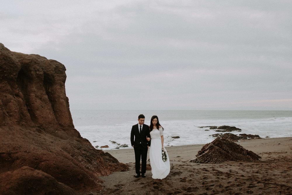 couple-engagement-marin-headlands_0087.jpg