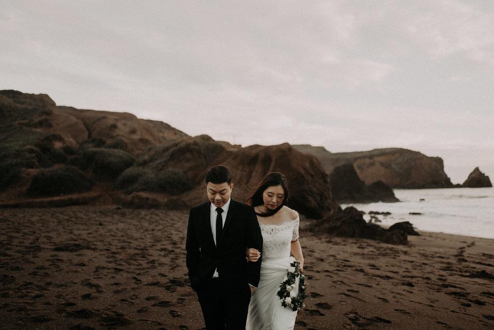 couple-engagement-marin-headlands_0091.jpg
