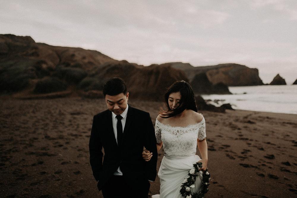 couple-engagement-marin-headlands_0092.jpg