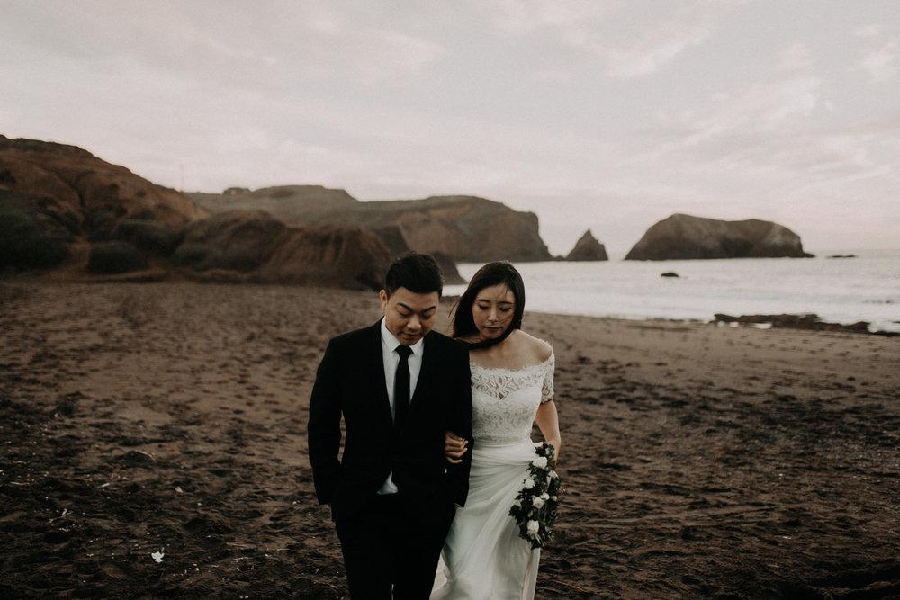 couple-engagement-marin-headlands_0094.jpg