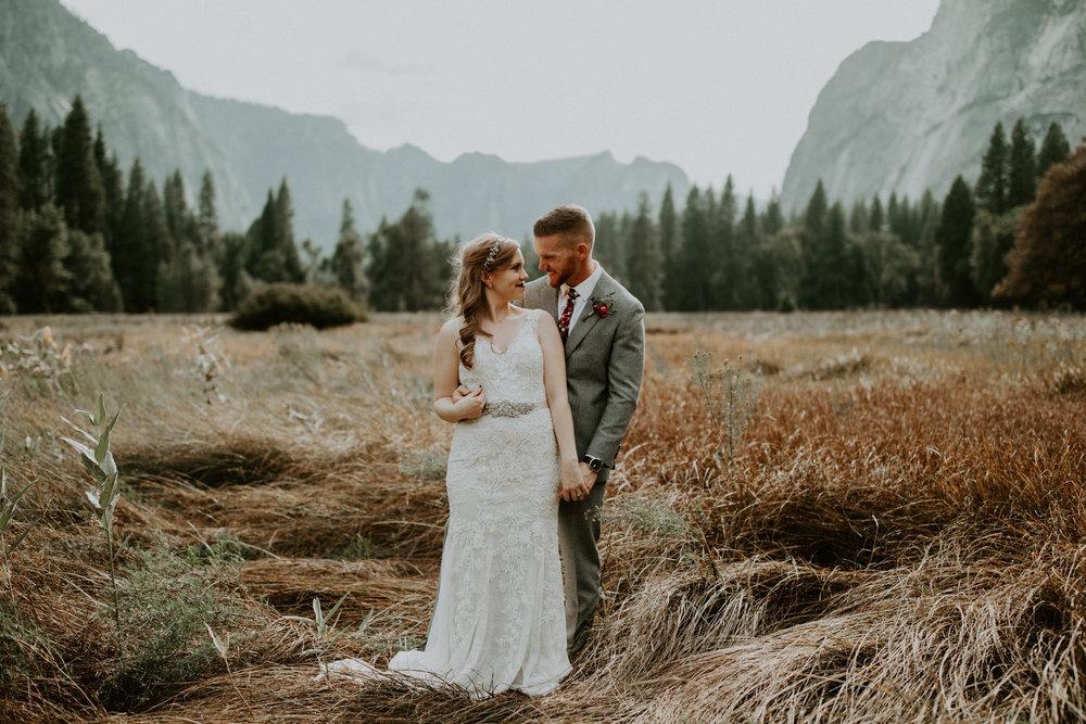 couple-elopement-yosemite-california_0067.jpg