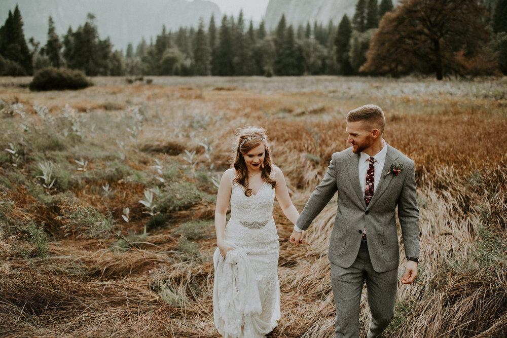 couple-elopement-yosemite-california_0072.jpg