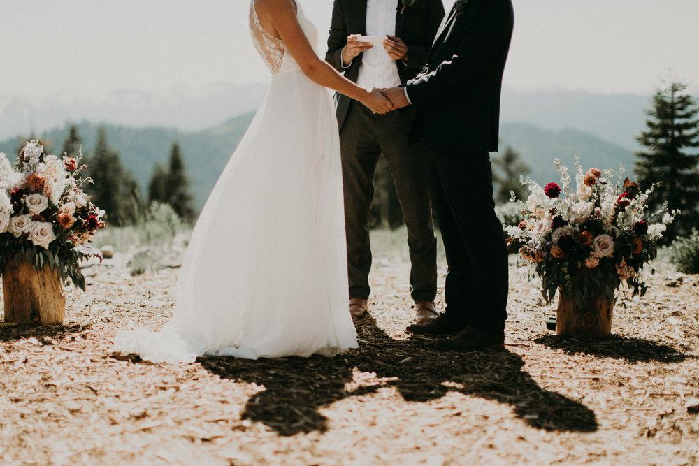 couple-wedding-northstar-tahoe_0065.jpg
