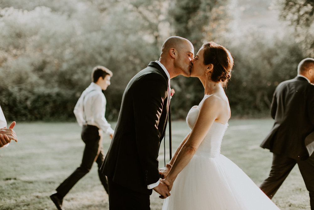 couple-wedding-marin-french-cheese-petaluma-california_0072.jpg