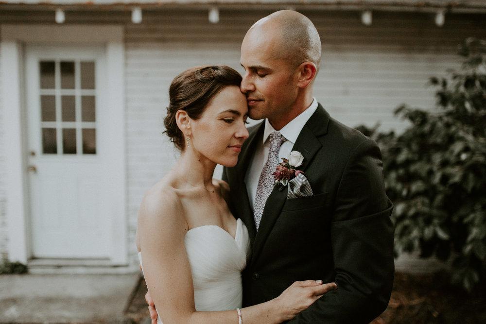 couple-wedding-marin-french-cheese-petaluma-california_0116.jpg