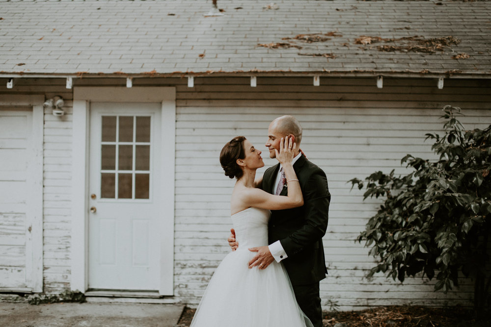 couple-wedding-marin-french-cheese-petaluma-california_0118.jpg