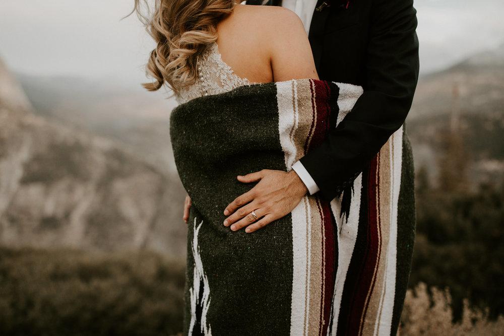 couple-elopement-yosemite-california_0078.jpg
