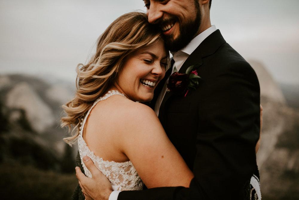 couple-elopement-yosemite-california_0082.jpg