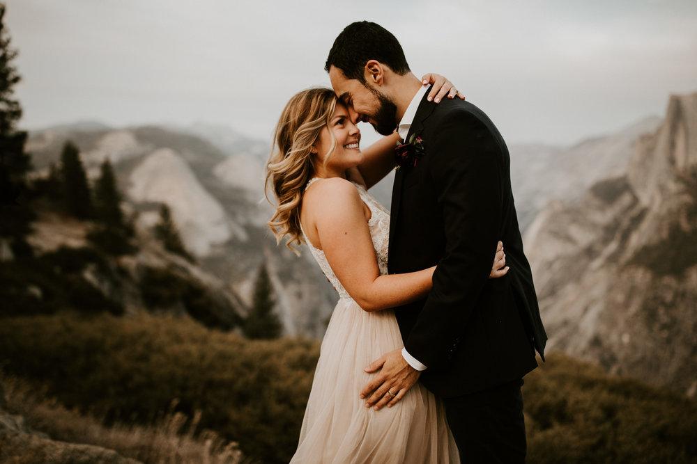 couple-elopement-yosemite-california_0084.jpg