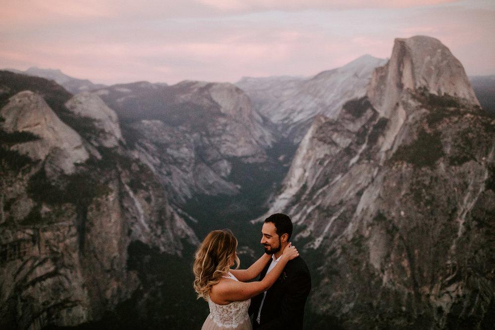 couple-elopement-yosemite-california_0093.jpg