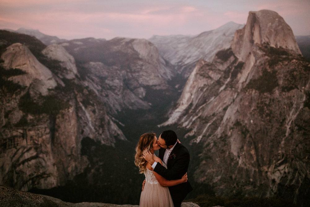 couple-elopement-yosemite-california_0098.jpg