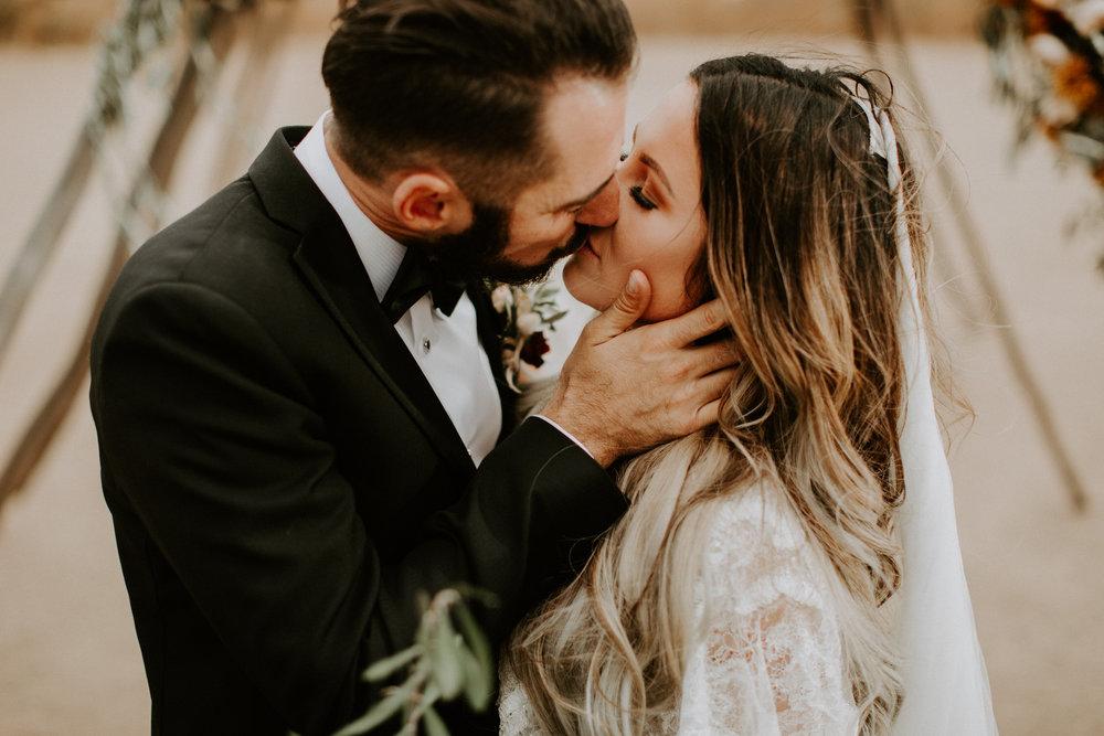 couple-intimate-wedding-temecula-656.jpg