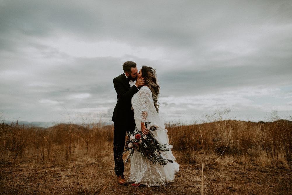 couple-intimate-wedding-temecula-714.jpg