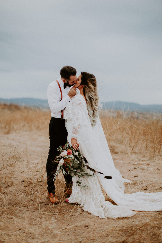 couple-intimate-wedding-temecula-766.jpg