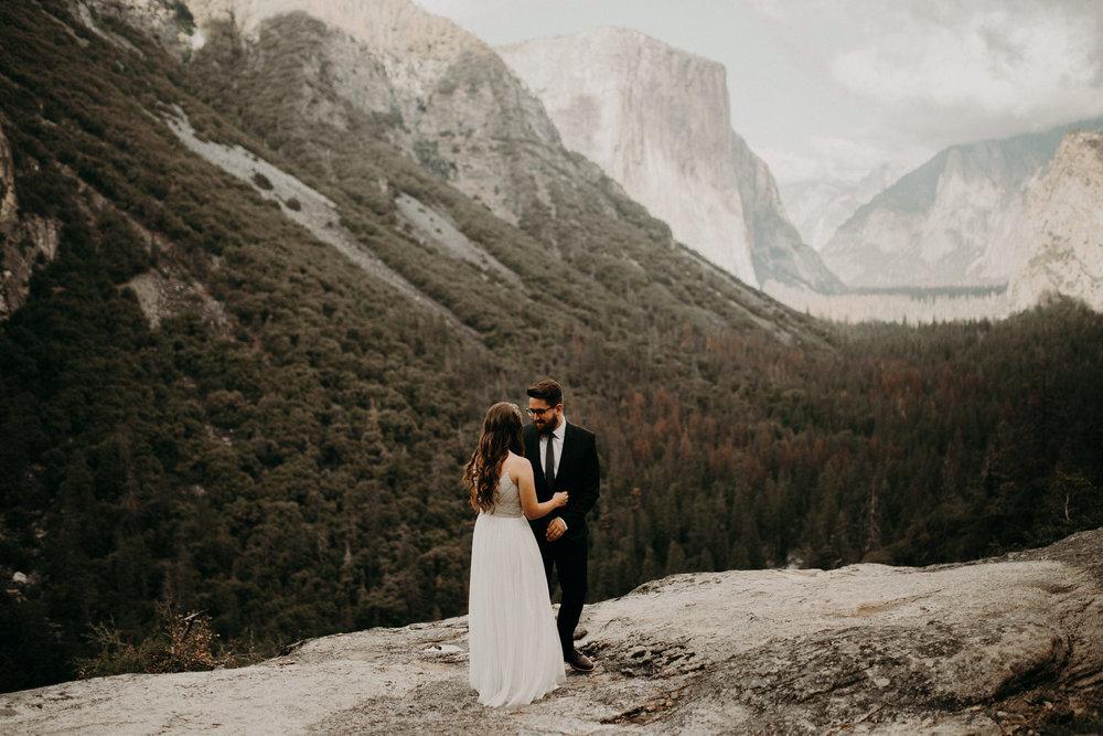 intimate-couple-elopement-yosemite-24.jpg