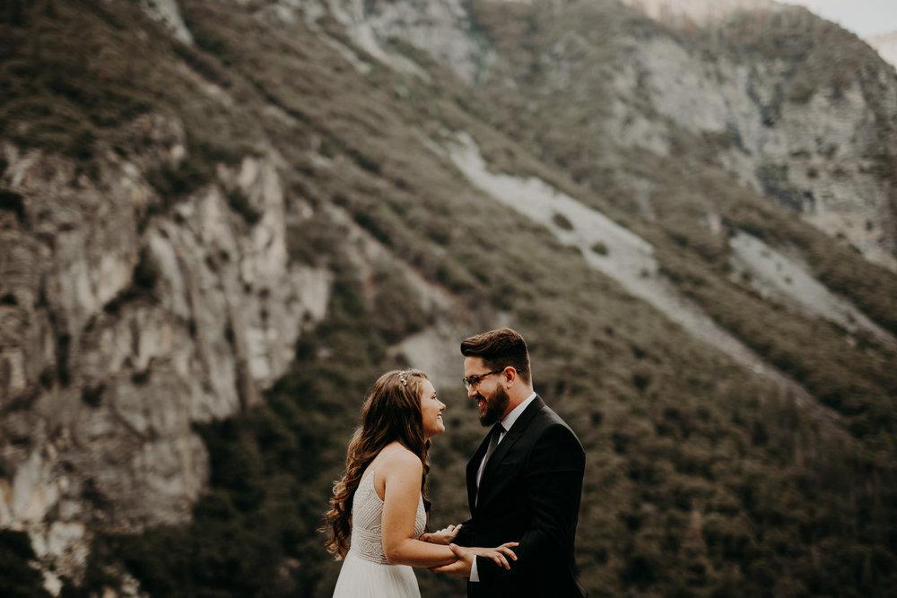intimate-couple-elopement-yosemite-28.jpg