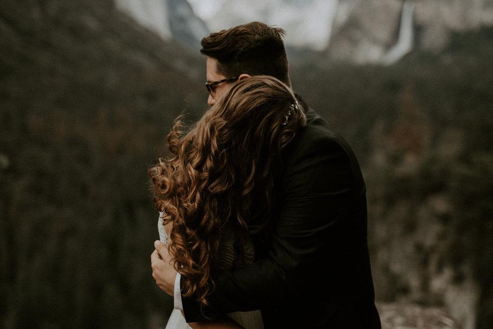 intimate-couple-elopement-yosemite-63.jpg