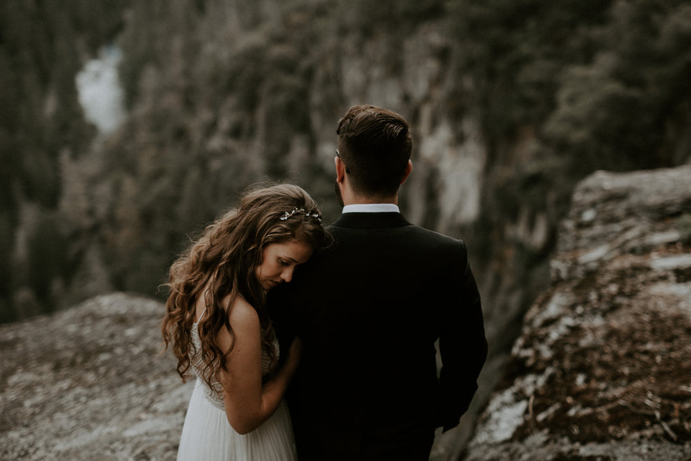 intimate-couple-elopement-yosemite-69.jpg