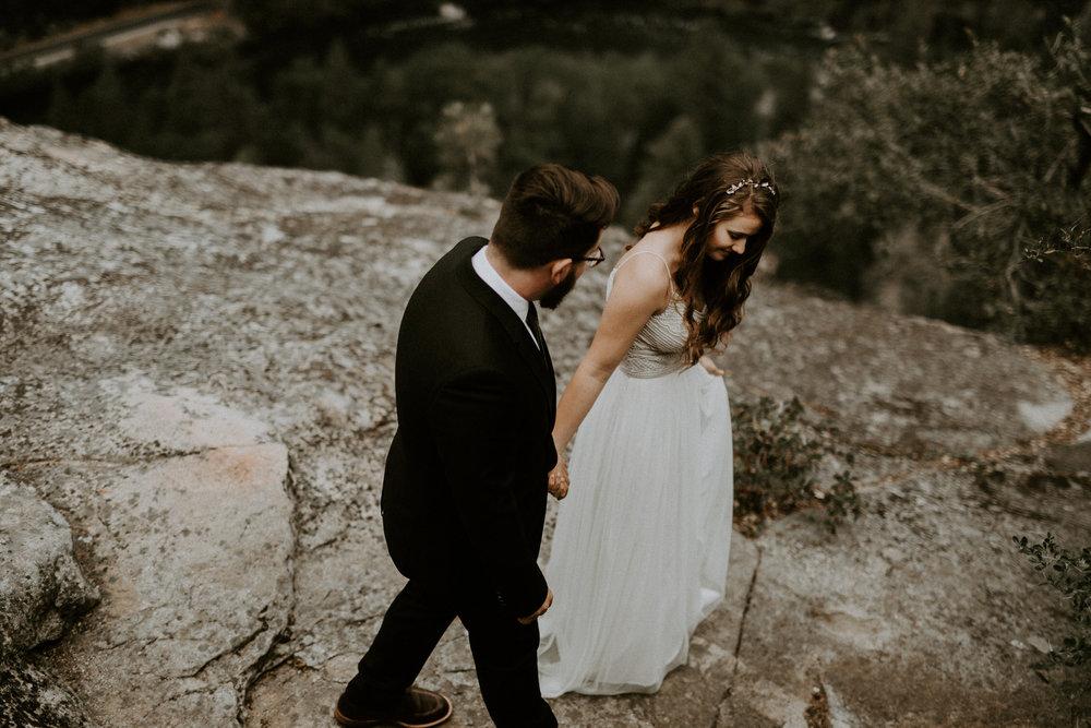 intimate-couple-elopement-yosemite-71.jpg