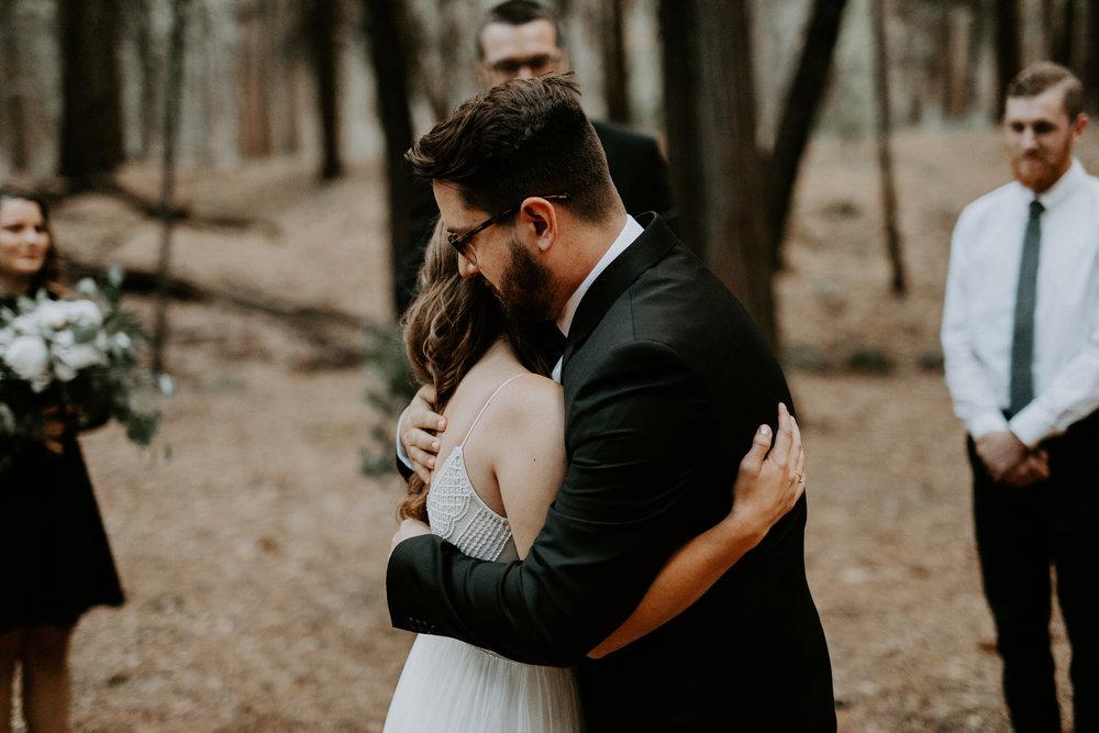 intimate-couple-elopement-yosemite-112.jpg
