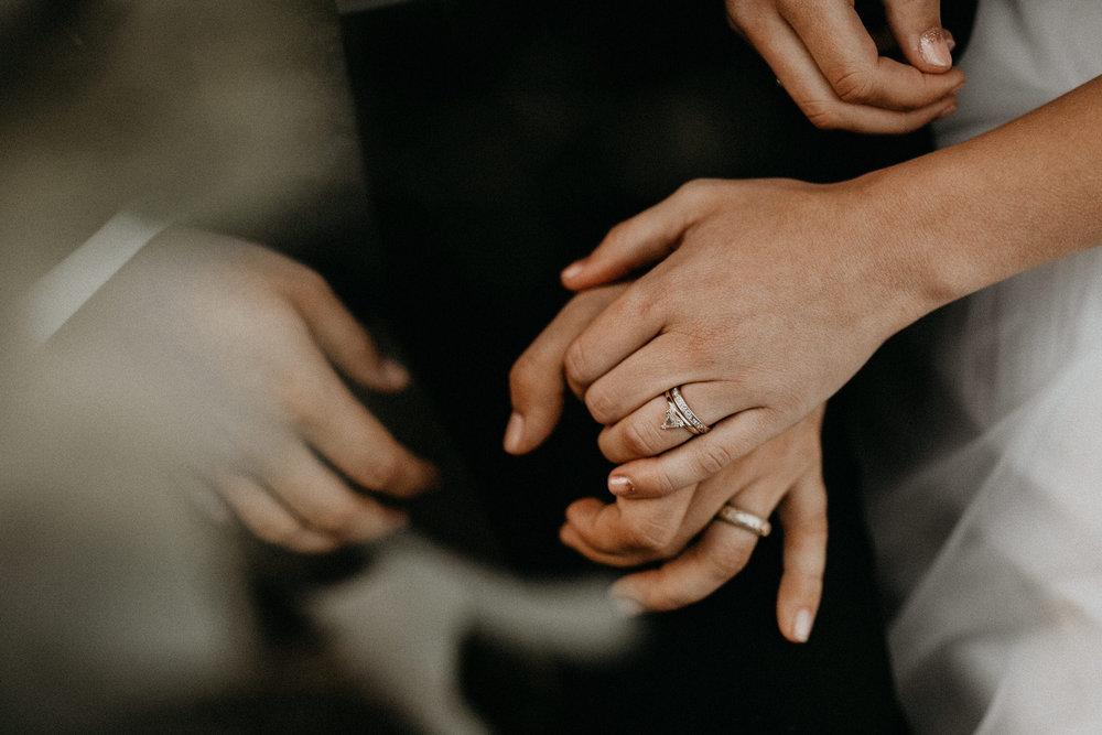 intimate-couple-elopement-yosemite-131.jpg