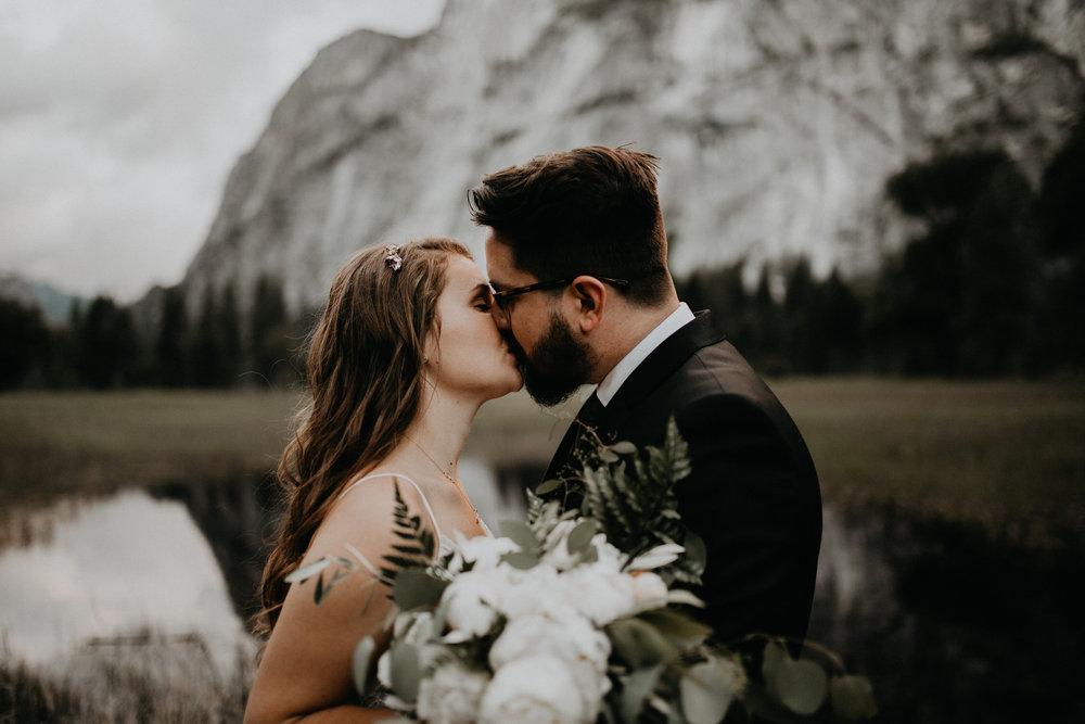 intimate-couple-elopement-yosemite-137.jpg