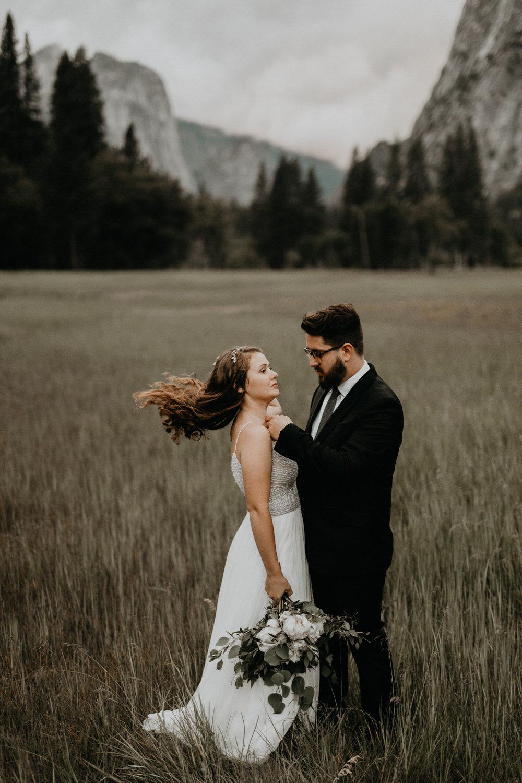 intimate-couple-elopement-yosemite-140.jpg