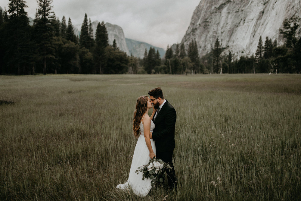 intimate-couple-elopement-yosemite-143.jpg