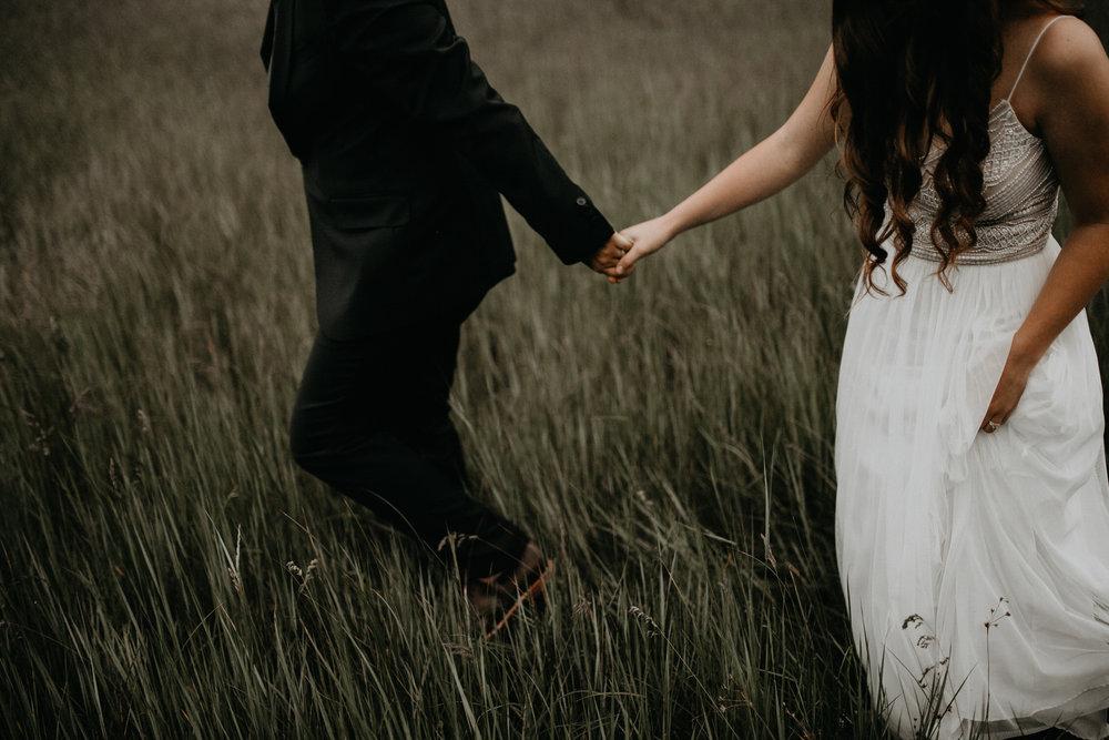 intimate-couple-elopement-yosemite-156.jpg