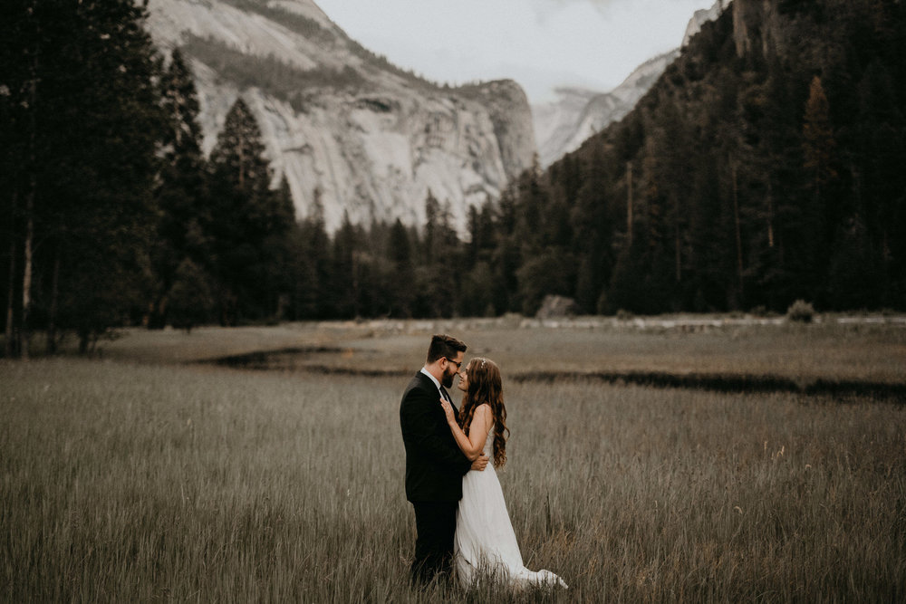 intimate-couple-elopement-yosemite-161.jpg