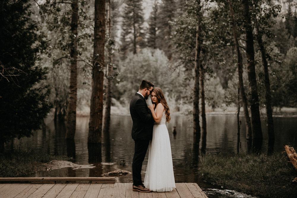 intimate-couple-elopement-yosemite-169.jpg