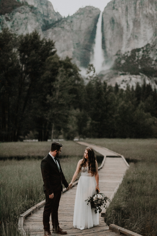 intimate-couple-elopement-yosemite-180.jpg