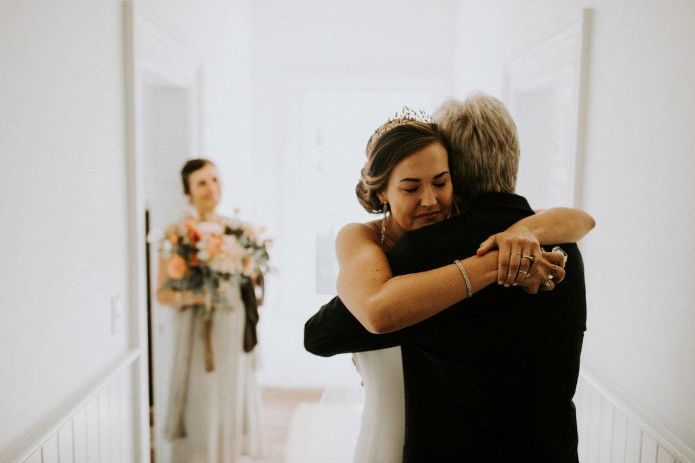couple-intimate-coastal-wedding-elk-california-37.jpg