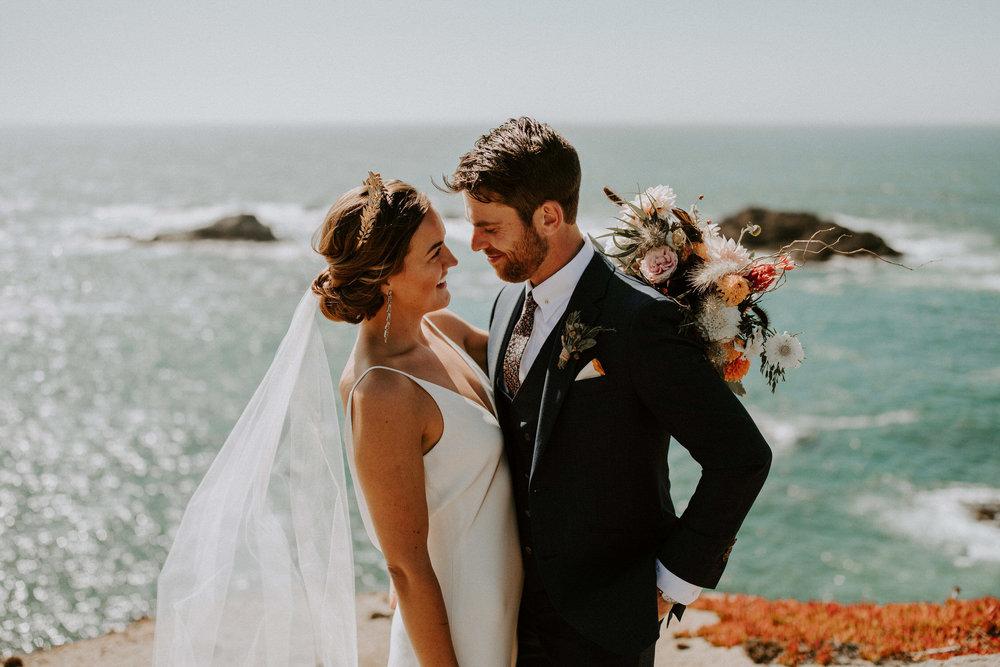 couple-intimate-coastal-wedding-elk-california-76.jpg