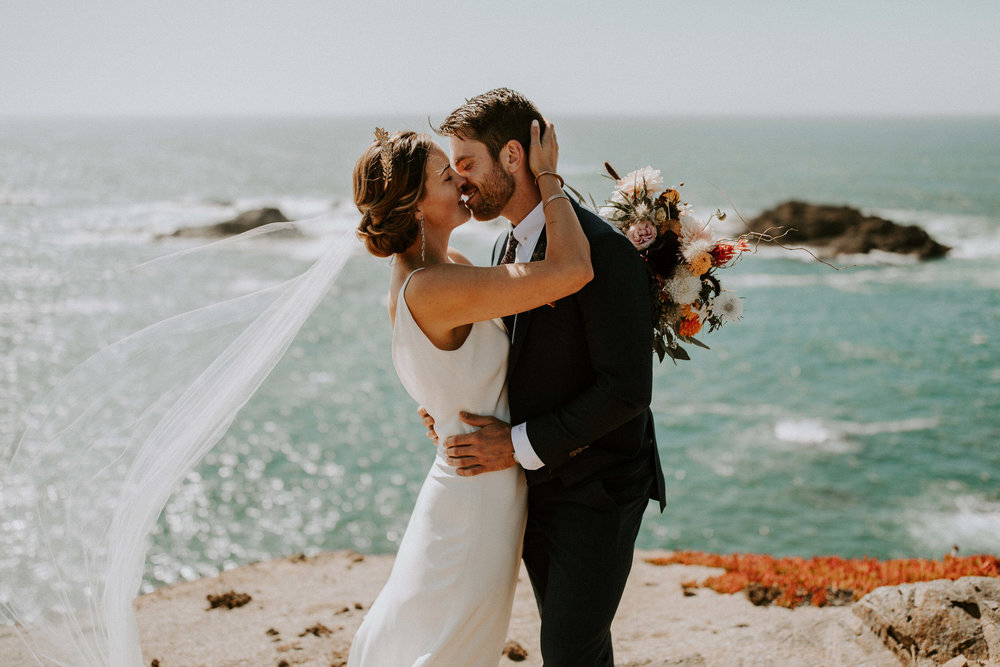 couple-intimate-coastal-wedding-elk-california-77.jpg