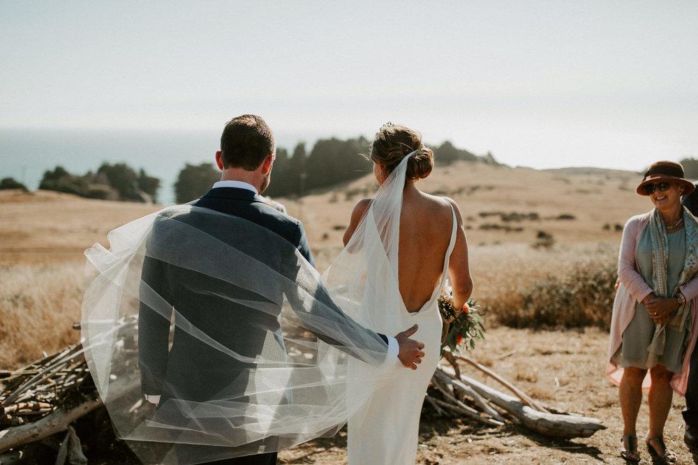 couple-intimate-coastal-wedding-elk-california-108.jpg