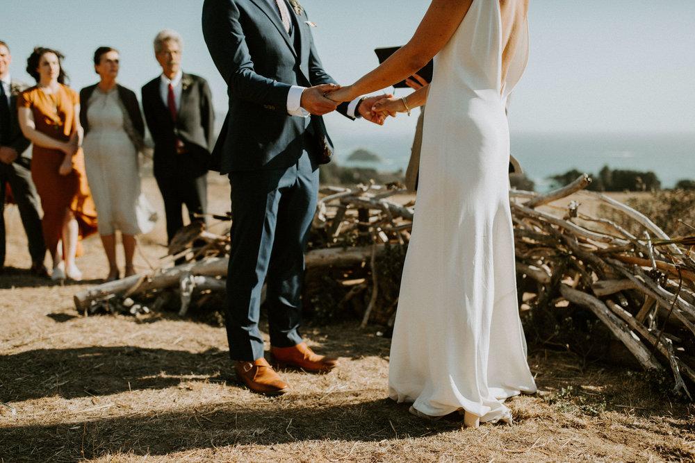 couple-intimate-coastal-wedding-elk-california-114.jpg
